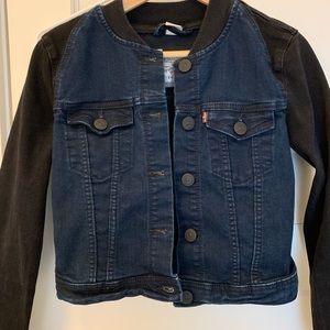 Levi's cropped black and blue jean jacket